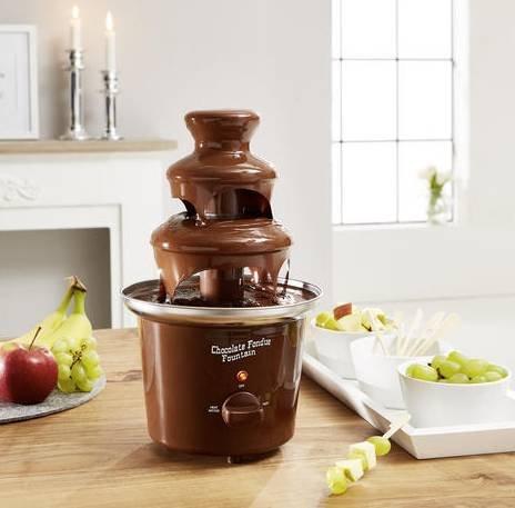 Schokoladenbrunnen mit 3 Etagen für 13,96€ inkl. Versand (statt 34€)