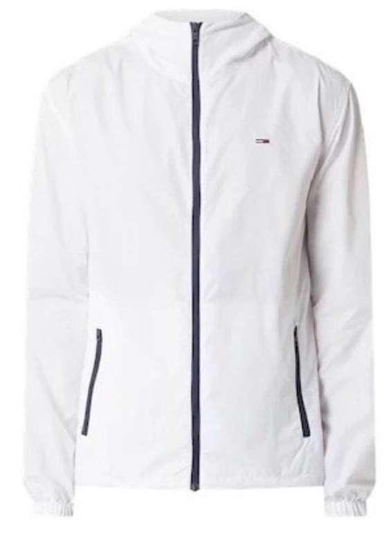 Peek & Cloppenburg*: 40% auf Jacken & Pullover - z.B. Tommy Jeans Windbreaker in Weiß oder Navy für je 71,99€