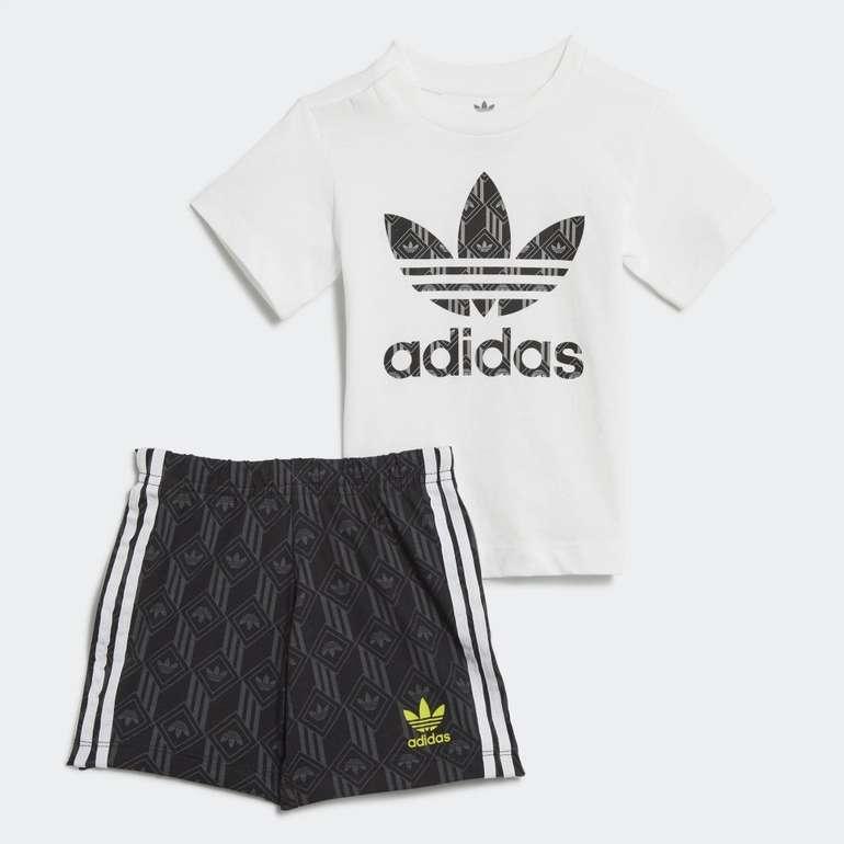 Adidas Originals Kids Unisex Shorts & T-Shirt Set für 16,80€ inkl. Versand (statt 29€) - Creators Club