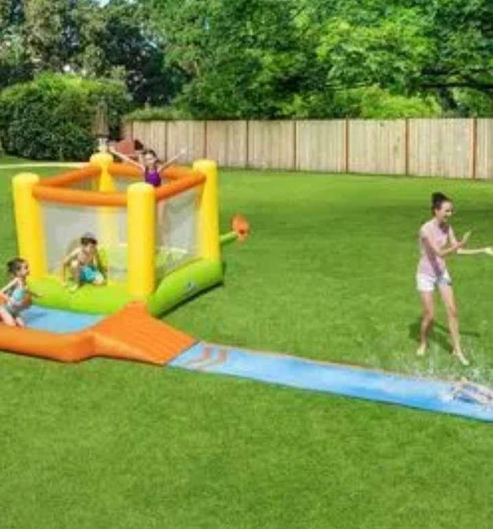 """Bestway H2OGO!™ Wasserpark mit Dauergebläse """"Splash & Dash"""" (662 x 300 x 150 cm) für 151,46€ (statt 208€)"""