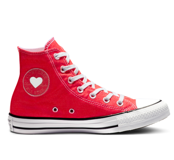 Converse Sale: bis -60% Rabatt + 10% extra, z.B. All Star Sucker Love für 44,99€