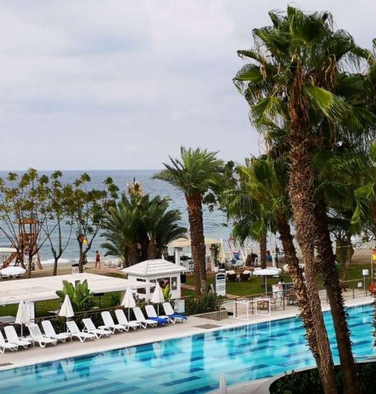 5 Tage Türkische Riviera: Luxus Urlaub im 5* Hotel + All Inclusive und Flüge ab 178€ p.P.
