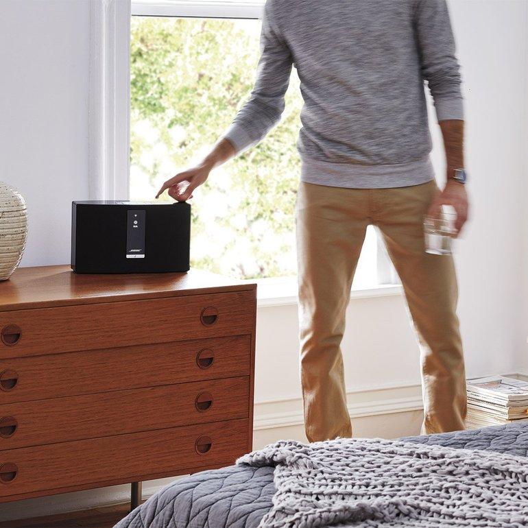 Bose SoundTouch 20 III - Netzwerk Lautsprecher  (App-steuerbar, Bluetooth) für 189,95€ (statt 222€)