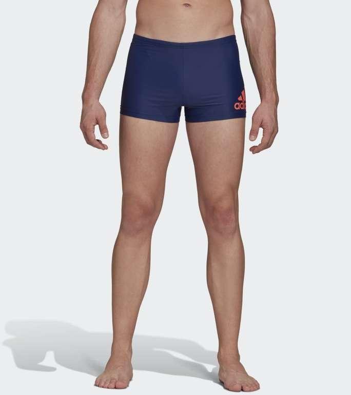 Adidas Badge Fitness Herren Boxer-Badehose für 12,86€ inkl. Versand (statt 20€) - Creators Club